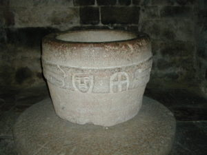 Villefranche de Conflentの洗礼盤