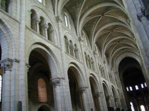 Fontgombaultの身廊