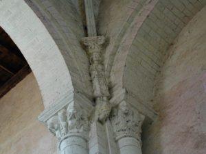 St.Genouの彫刻