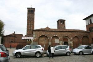 Milano 教会堂西外観