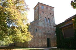 Sezzadio 教会堂正面