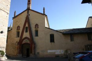 Aosta 教会堂正面