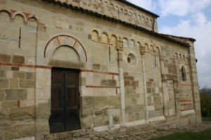 Cortazzone 教会堂側面