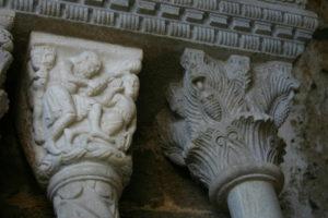 Sacra di San Michele 扉口彫刻