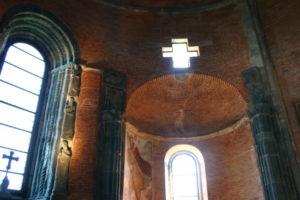 Sacra di San Michele 内陣