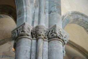 Sacra di San Michele 柱頭彫刻