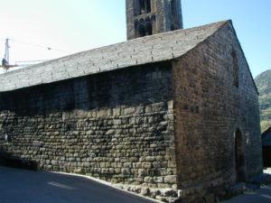 Taull / Santa Maria 教会堂側面