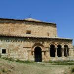 Canales de la Sierra 教会堂側面