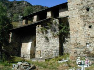Vall de Aneu / Isavarre 教会堂側面