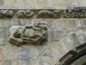 La Seu d'Urgell 扉口彫刻