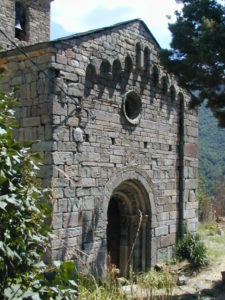 Vall de Boi / Coll 教会堂正面