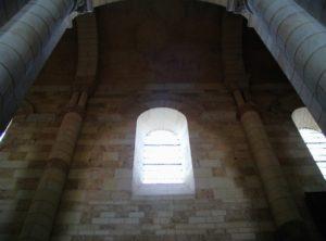 St.Jouin de Marnes 翼廊