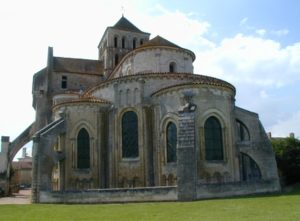 St.Jouin de Marnes 後背部