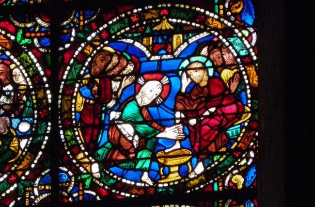 Chartres「弟子の足を洗う」