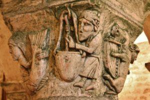 St.Parize 柱頭彫刻