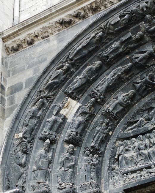 St.Denis 中央扉口アーキボルト