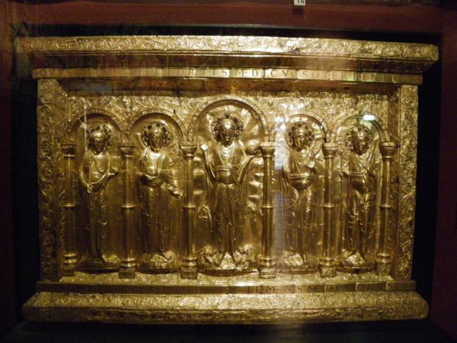 「バーゼル大聖堂祭壇前面飾り」