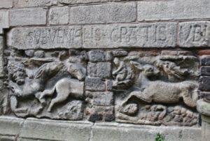 Le Puy / Cathedrale 壁面彫刻