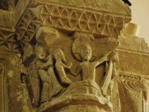 Barneville Carteret 柱頭彫刻