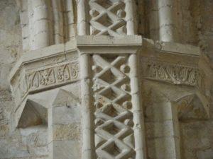 Montivilliers 柱彫刻