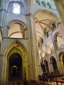Caen / St.Etienne 身廊