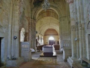 St.Jean d'Abbetot 身廊