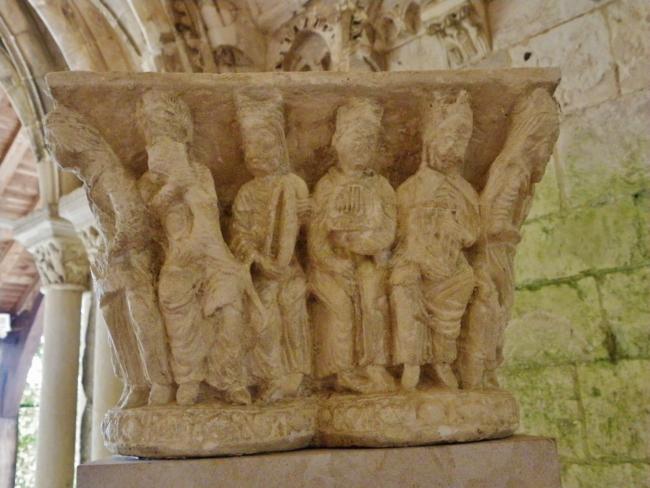 St.Martin de Boscherville 柱頭彫刻
