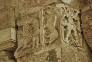 Bernay 柱頭彫刻
