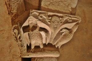 Cruas 柱頭彫刻