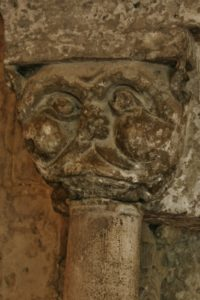 Montmajour 柱頭彫刻