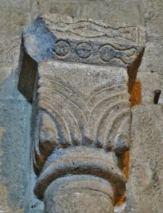 Leyre 柱頭彫刻