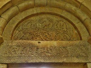 St.Gilles du Gard タンパン彫刻 12c初期