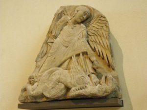 Nevers タンパン彫刻 12c中期