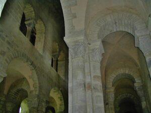 Ennezat 側廊