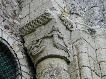 Cunaut 柱頭彫刻