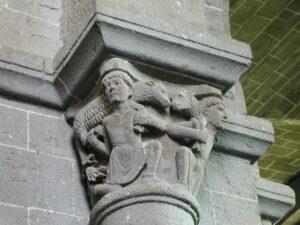 Chanteuges 柱頭彫刻