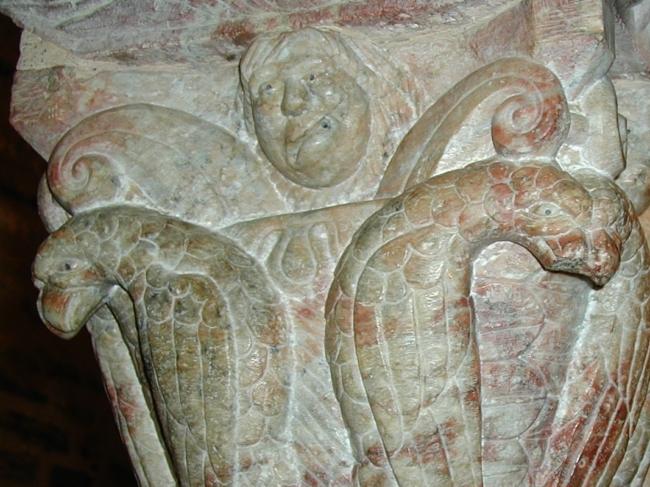 Serrabone 柱頭彫刻